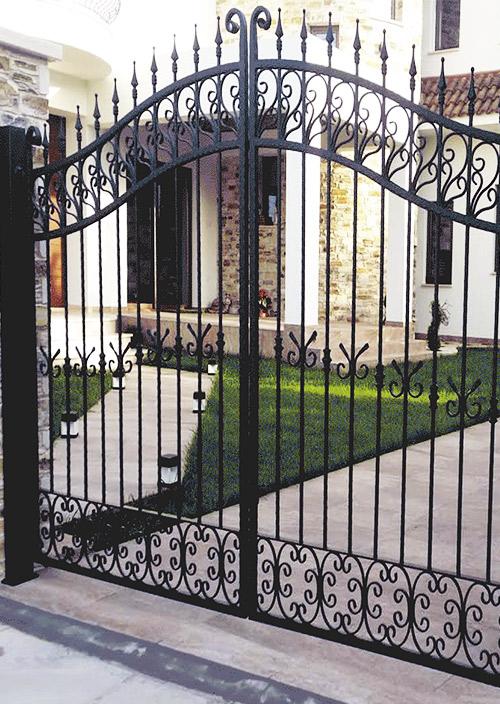 μεταλλικες πορτες